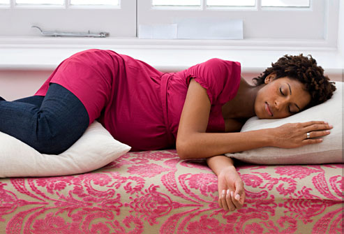 Sleeping position for pregnancy midwife clinic birth The more pillows you sleep with